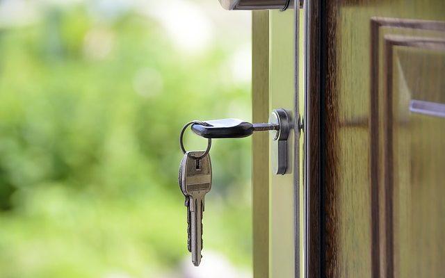 Jak napisać dobre ogłoszenie o sprzedaży domu w Słupcy?